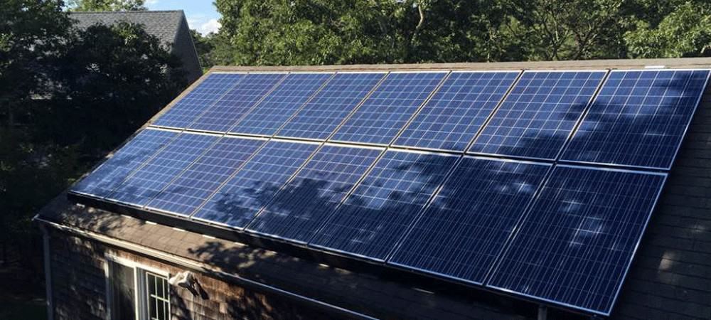 Solar panels for container home