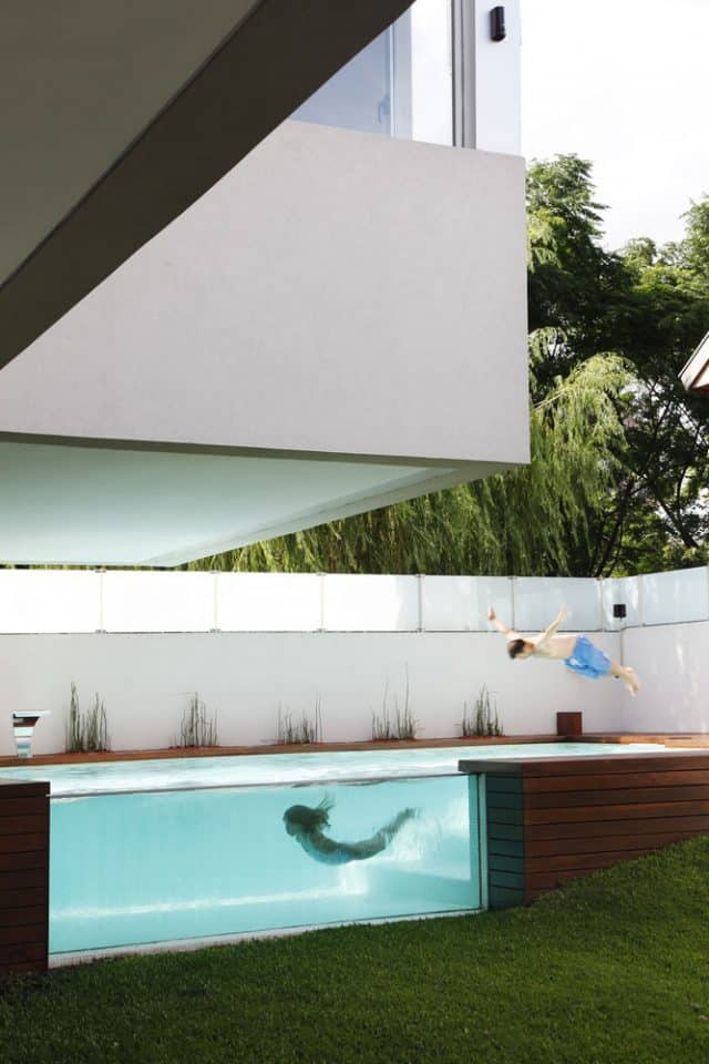 Container Pool with a Viewing Window
